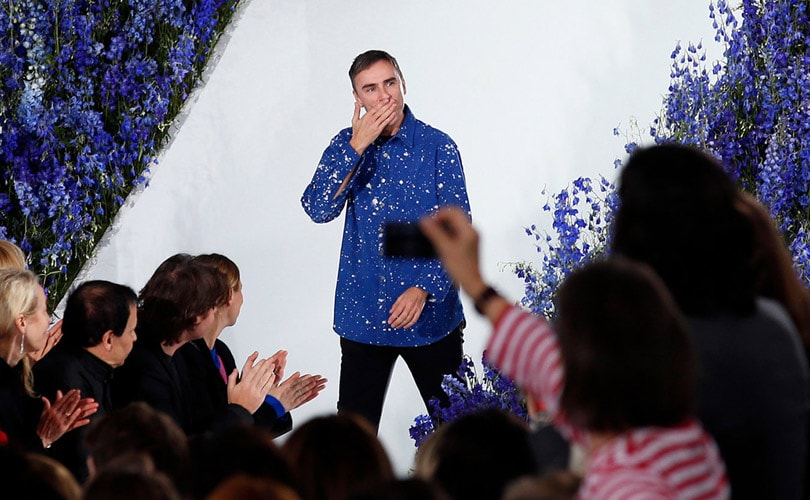 Raf Simons quits as Dior creative director