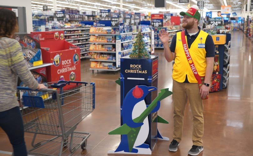 Walmart US posts strongest Q2 comp sales growth in a decade, sales up 3.8 percent