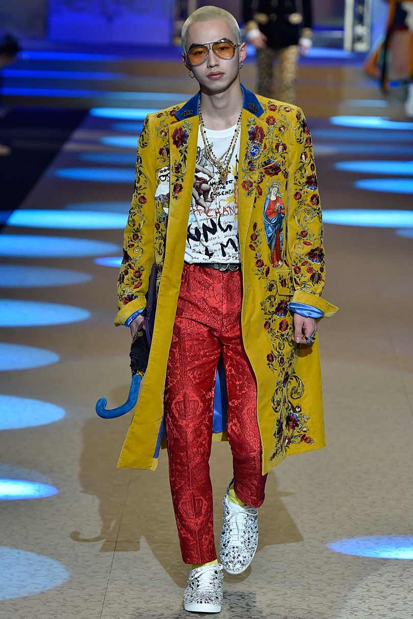 D&G unveil Italian oomph at Milan after China fiasco