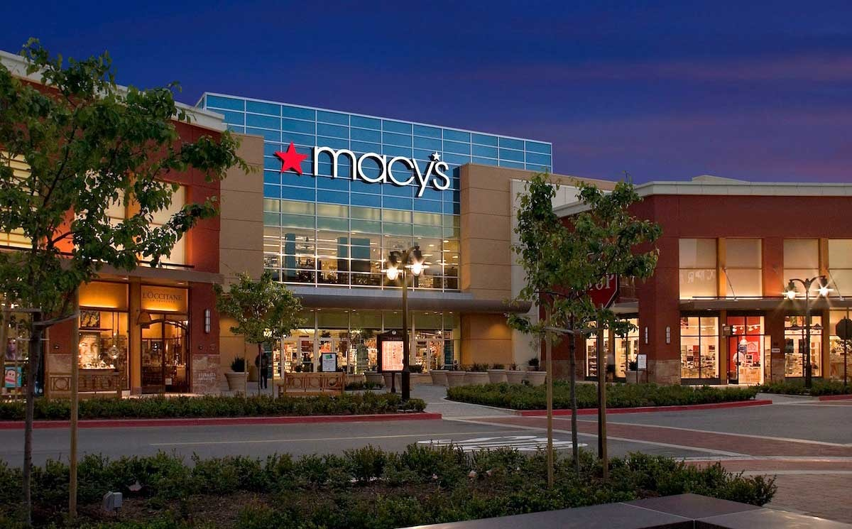 Macy's to close 125 stores, cut 2000 positions to drive growth